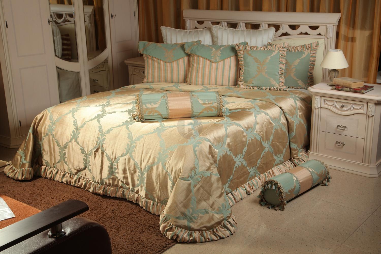 декоративные покрывала на кровать фото